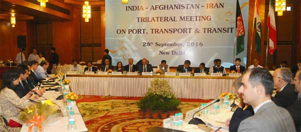 The Union Minister for Road Transport & Highways and Shipping, Nitin Gadkari meetings with visiting Ministers from Iran and Afghanistan, in New Delhi on September 28, 2016.