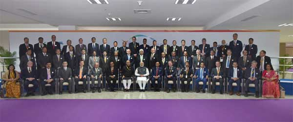 The Prime Minister, Narendra Modi in the group photograph with the Global CEOs, at the Vibrant Gujarat Global Summit 2017, at Mahatma Mandir, in Gandhinagar, Gujarat on January 10, 2017. The Union Minister for Finance and Corporate Affairs, Arun Jaitley and the Chief Minister of Gujarat, Vijay Rupani are also seen.