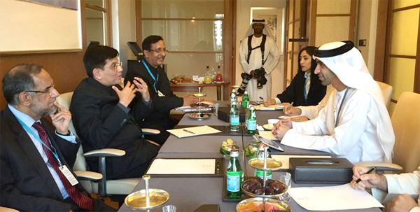The Minister of State for Power, Coal, New and Renewable Energy and Mines (Independent Charge), Piyush Goyal in a bilateral meeting with the Minister of Climate Change and Environment, UAE, Dr. Thani Ahmed Al Zeyoudi, in Abu Dhabi, UAE on January 15, 2017.
