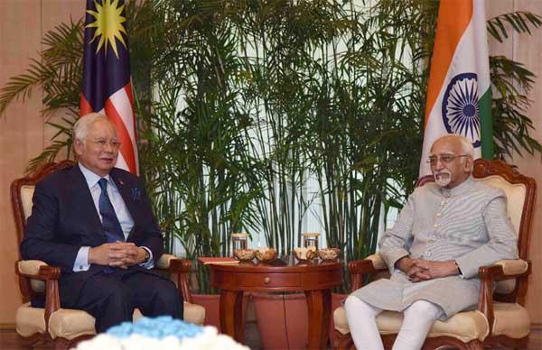 The Prime Minister of Malaysia, Dato' Sri Mohd Najib Bin Tun Abdul Razak calling on the Vice President, M. Hamid Ansari, in New Delhi on April 01, 2017.