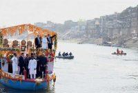 Macron, Modi take boat ride across Ganga