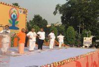 Rajnath, Naik, Yogi lead Yoga Day celebrations in UP