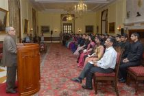Civil services offer opportunity to serve people: President