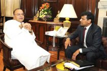 The Governor, Reserve Bank of India, Dr. Raghuram Rajan calling on the Union Minister for Finance, Arun Jaitley, in New Delhi.