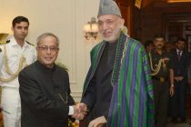 The President of India, Pranab Mukherjee, meeting with Hamid Karzai, President of the Islamic Republic of Afghanistan at Rashtrapati Bhavan.