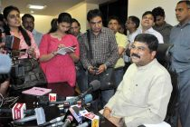 Dharmendra Pradhan taking charge as the Minister of State (Independent Charge) for Petroleum and Natural Gas