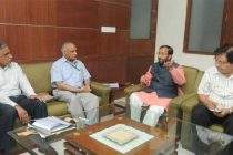 Environment minister assures faster approval of defence projects