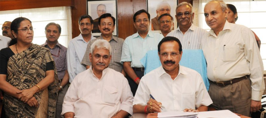 The Union Minister for Railways, D.V. Sadananda Gowda giving finishing touches to the Railway Budget 2014-15