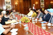 The President of India, Pranab Mukherjee, meeting with Arun Jaitley, Minister of Finance, Nirmala Sitaraman, MOS (Finance) & other distinguished officer at Rashtrapati Bhavan