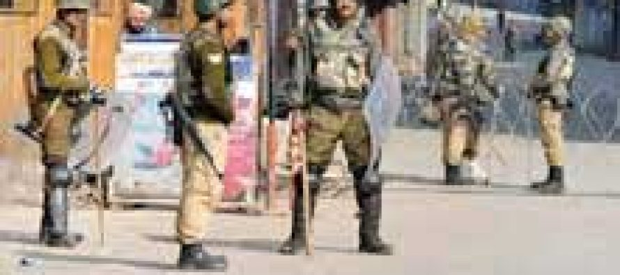 Curfew and separatist shutdown continue for 12th day in Valley