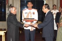 Southam Sakonninhom, Ambassador-designate of Lao PDR presenting his credentials to the President of India, Pranab Mukherjee