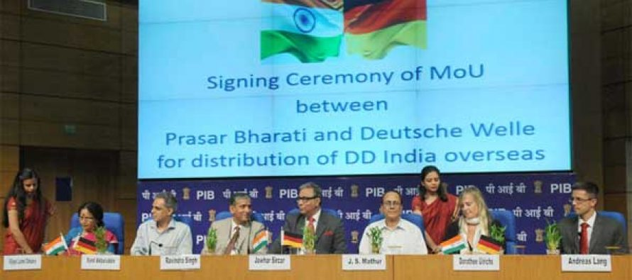 The signing ceremony of a MoU between Prasar Bharati and Deutsche Welle the Public Broadcaster of Germany