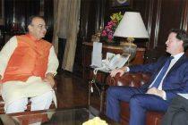 British deputy PM meets Jaitley
