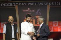 Shri M. Ravi Kanth CMD, HUDCO received India Today PSUs Awards 2014