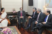 Visa, biggest barrier in Indo-Pak relations : Business