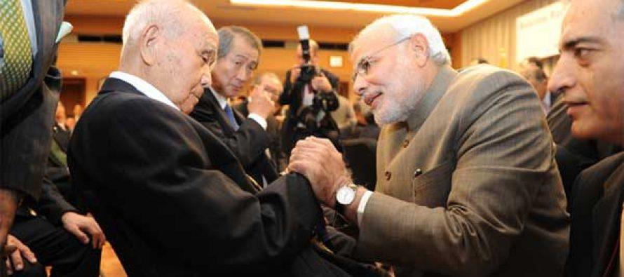 The Prime Minister, Narendra Modi reaches out to 99 year old Saichiro Misumi, Netaji's oldest living associate in Japan