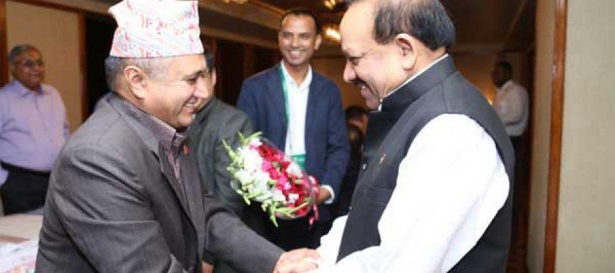 The Minister for Health and Family Welfare, Dr. Harsh Vardhan meeting the Health Minister of Nepal, Khagaraj Adhikari, at Dhaka