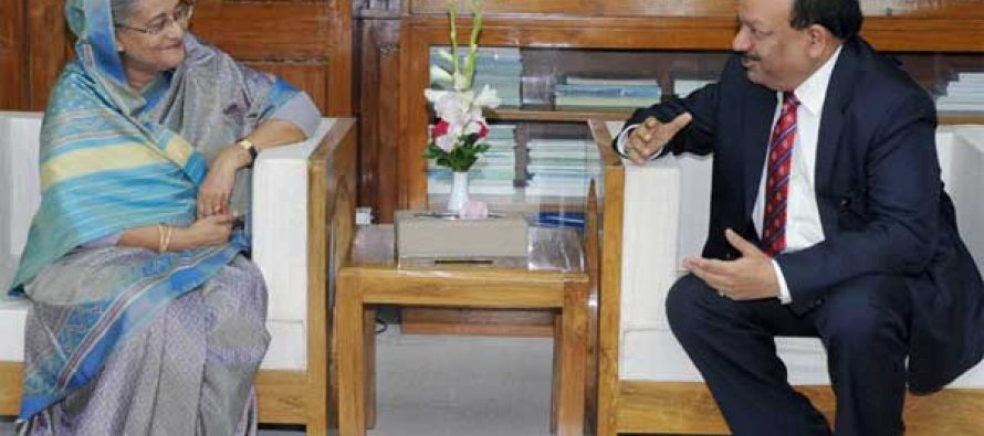 The Union Minister for Health and Family Welfare, Dr. Harsh Vardhan calling on the Prime Minister of Bangladesh, Sheikh Hasina