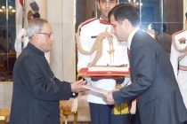 Jalolov Mirzosharif Asomudinovich, Ambassador-designate of Tajikistan presenting his credentials to the President of India, Pranab Mukherjee