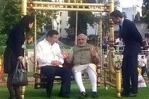 Modi, Xi bond on Sabarmati riverfront, main talks Thursday