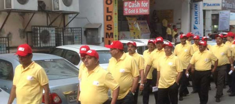 Andhra Bank CMD & ED Join 'Shop to Shop Campaign'