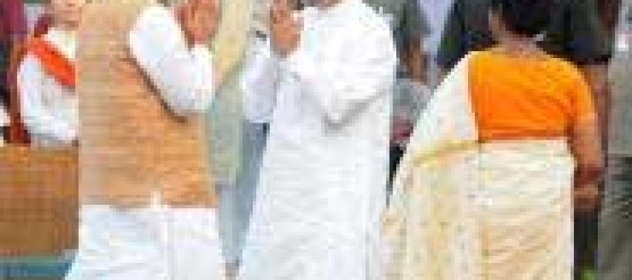 Modi congratulates Manmohan Singh for Japan honour