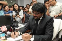 Babul Supriyo taking charge as the Minister of State for Urban Development, Housing and Urban Poverty Alleviation