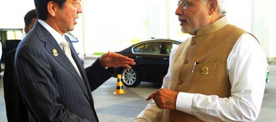 The Prime Minister, Narendra Modi with the Prime Minister of Japan, Shinzo Abe, in Nay Pyi Taw, Myanmar on November 13, 2014.
