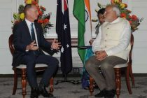 The Prime Minister, Narendra Modi meeting the Premier of Queensland, Campbell Newman before the Civic Reception,