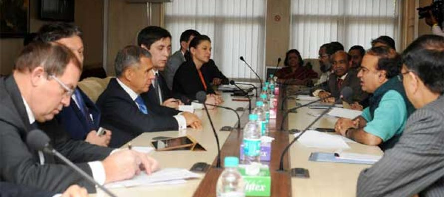 A delegation from Russia calls on the Minister for Chemicals and Fertilizers, Ananthkumar, in New Delhi on November 18, 2014.
