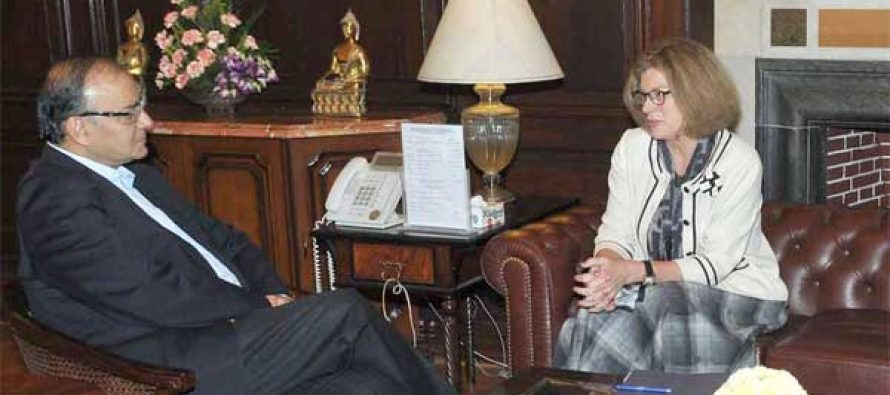 The US Ambassador to India, Kathleen Stephens the Minister for Finance, Corporate Affairs and Information & Broadcasting, Arun Jaitley