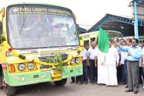 B.Surender Mohan, CMD,NLC flagging off the new Leyland Busses at Bus Dept. of Transport Department, Neyveli on 20-11-2014