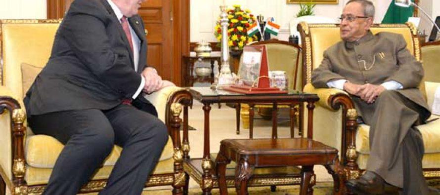 The Governor General of Australia, General Sir Peter Cosgrove calling on the President, Pranab Mukherjee, in New Delhi