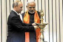The PM, Narendra Modi and the President of Russian Federation, Vladimir Putin lighting the lamp