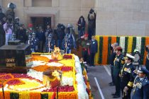 The Minister for Defence, Manohar Parrikar and three Services Chiefs the Chief of Army Staff, General Dalbir Singh, the Chief of Naval Staff, Admiral R.K. Dhowan, the Chief of the Air Staff, Air Chief Marshal Arup Raha paying homage to the Martyrs of 1971 War