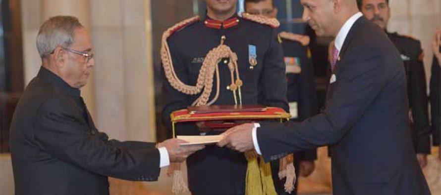 The High Commissioner-designate of Canada, Nadir Patel presenting his credential to the President, Pranab Mukherjee
