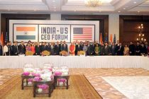 The Prime Minister, Narendra Modi and the US President, Barack Obama at the India-US CEO Forum Meeting, in New Delhi