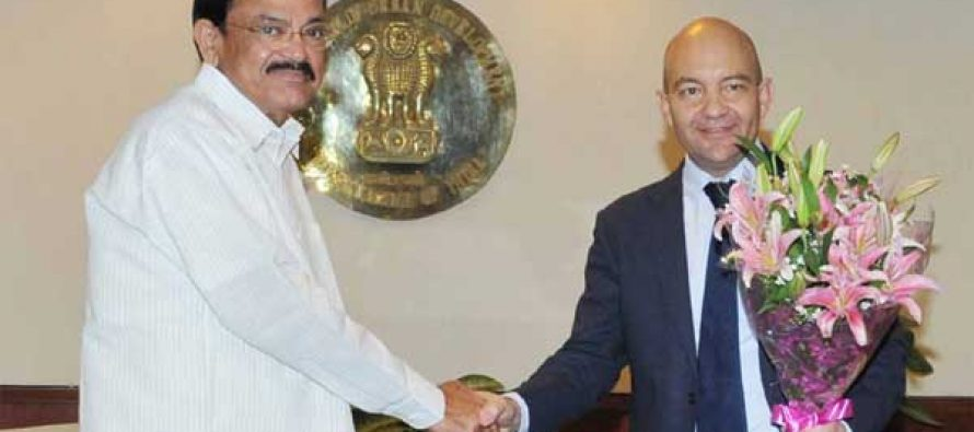 The Minister of State for Commerce, Spain, Jaime Garcia Legaz meeting the Union Minister for Urban Development, Housing and Urban Poverty Alleviation and Parliamentary Affairs, M. Venkaiah Naidu