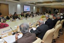 The Prime Minister, Narendra Modi chairs an interaction with Economists, at NITI Aayog, in New Delhi on February 06, 2015.