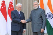 The Prime Minister, Narendra Modi and the President of the Republic of Singapore, Dr. Tony Tan Keng Yam, at Hyderabad House