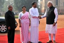 The President of the Democratic Socialist Republic of Sri Lanka, Maithripala Sirisena and Jayanthi Sirisena being welcomed