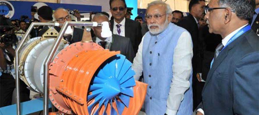 The Prime Minister, Narendra Modi visiting the exhibition of the Aero India-2015 Air Show, at Yelahanka Air-force Station