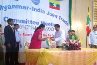 The MoS for Commerce & Industry (IC), Nirmala Sitharaman and the Minister of Commerce, Myanmar, U. Win Myint