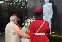 The Prime Minister, Narendra Modi paying tributes to the martyrs of the Indian Peace Keeping Force soldiers, in Colombo