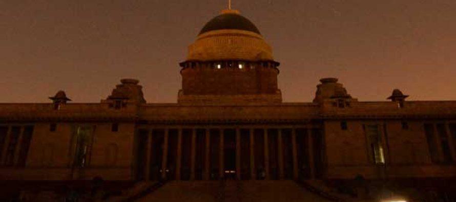 Lights in Delhi, Kolkata blink off for India's seventh Earth Hour