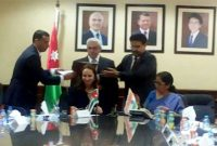 The MoS for Commerce & Industry (IC), Nirmala Sitharaman and the Minister of Industry, Trade & Supply, Jordan, Maha Ali