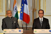 The Prime Minister, Narendra Modi and the President of France, Francois Hollande at the Joint Press statement, in Paris on April 10, 2015.