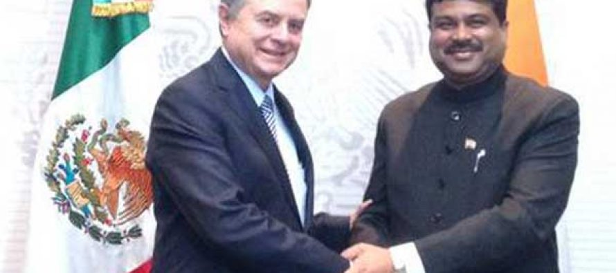 The MoS for Petroleum and Natural Gas (IC), Dharmendra Pradhan meeting the Energy Minister of Mexico, Pedro Joaquin Coldwell,