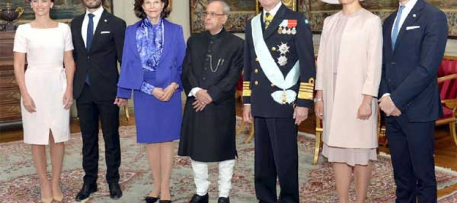 The President, Pranab Mukherjee with the King, Carl XVI Gustaf, Queen, Princess Victoria, His Royal Highness Prince Carl Philip
