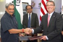 The Minister for Defence, Manohar Parrikar and the US Defence Secretary, Ashton Carter exchanging the signed document